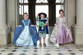 enfant visite chateau